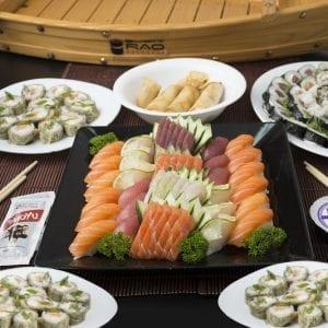 Combo 8 - Delivery Sushi Rão, o Maior do Brasil. O melhor da Comida Japonesa na sua casa!